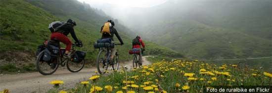 Ciclismo de alforjas - Una foto de ruralbike en Flickr