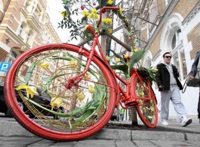 Seis actividades a pedales para mayo agenda blog - Libreria desnivel barcelona ...