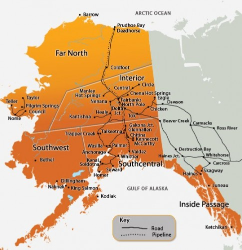 En este mapa se pueden ver el 99% de las carreteras de Alaska. No es un esquema, es que realmente no hay muchas más....