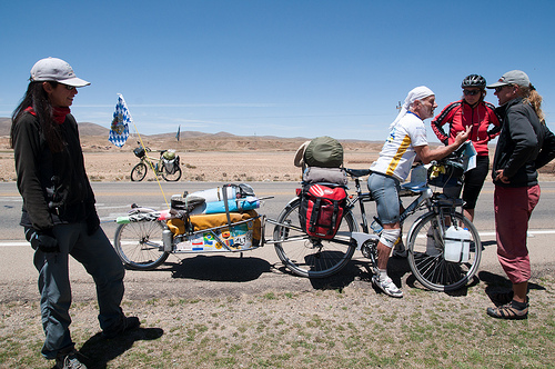 Ciclista a vela y pedales